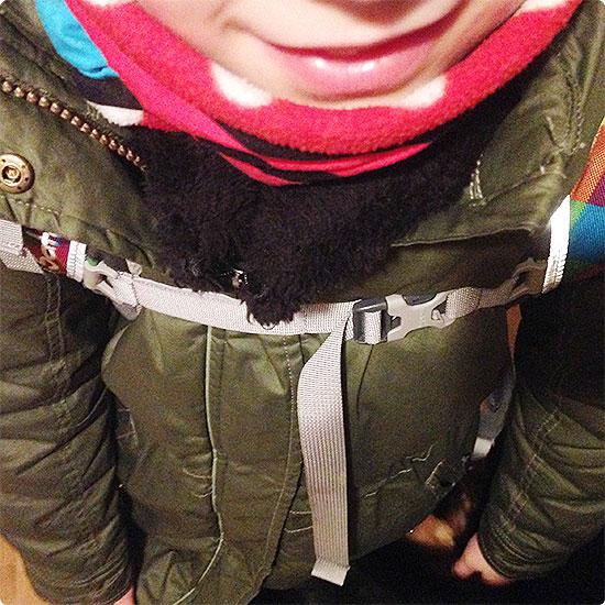 12 von 12 - November 2014 - auf dem Weg zur Schule - dick eingepackt
