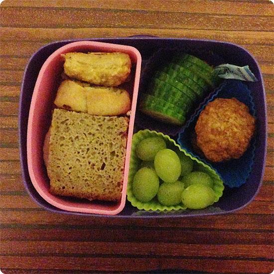 12 von 12 - Mai 2014 - gefüllte Brotdose für die Schule