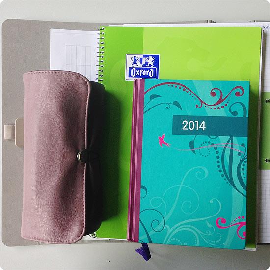 12 von 12 - Mai 2014 - Collegeblock, Mäppchen, Kalender und Ordner - Schule