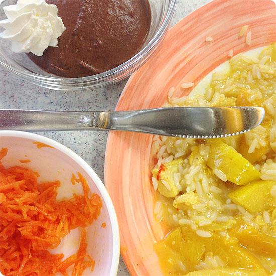 12 von 12 - Mai 2014 - Curry-Putengeschnetzeltes mit Reis, Mörenraspeln und Mousse au Chocolat