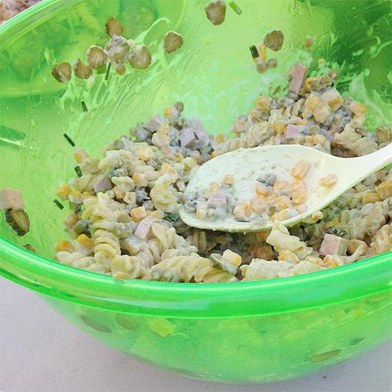 12 von 12 - Juni 2014 - Nudelsalat für einen Grillabend