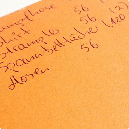 12 von 12 - Februar 2015 - Einkaufsliste für Babyklamotten