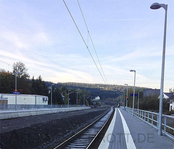 12 von 12 - Oktober 2015 - Schienen am Bahnhof