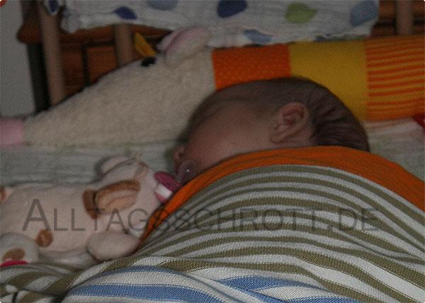 12 von 12 - August 2015 - Baby im Beistellbettchen