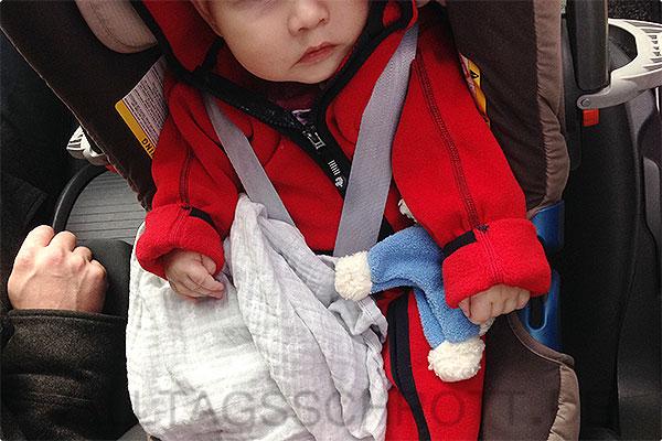 12 von 12 - November 2015 - müdes und hungriges Baby unterwegs