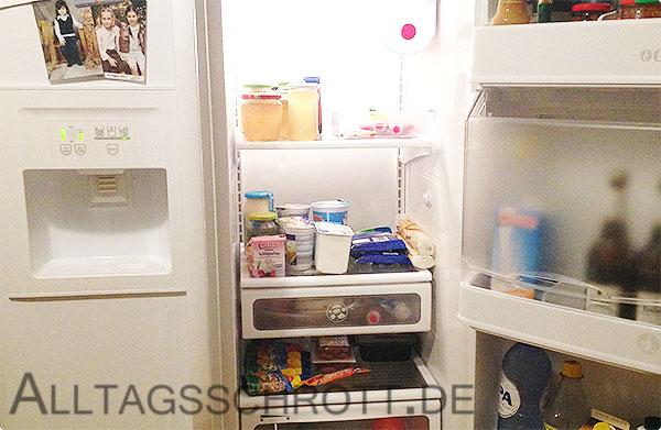 12 von 12 - September 2015 - Kühlschrank