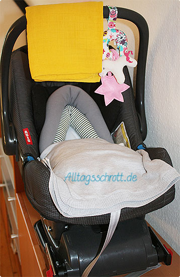 Babyschale - bereit zum Mitnehmen