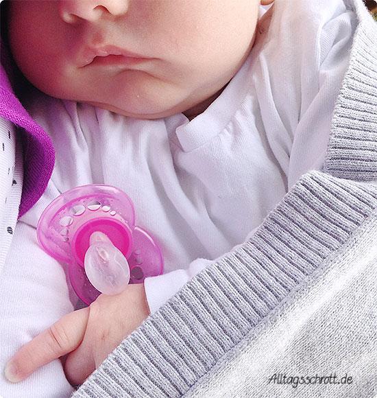 Wochenende in Bildern - Baby schläft draußen
