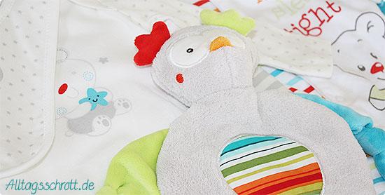 16. Schwangerschaftswoche - Schlafanzug - Lätzchen - Kuscheltier - neutral - Heldenbaby
