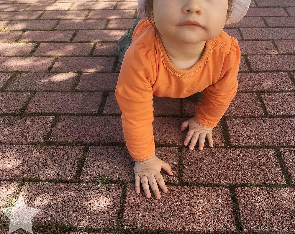 Wochenende in Bildern - Baby im Garten