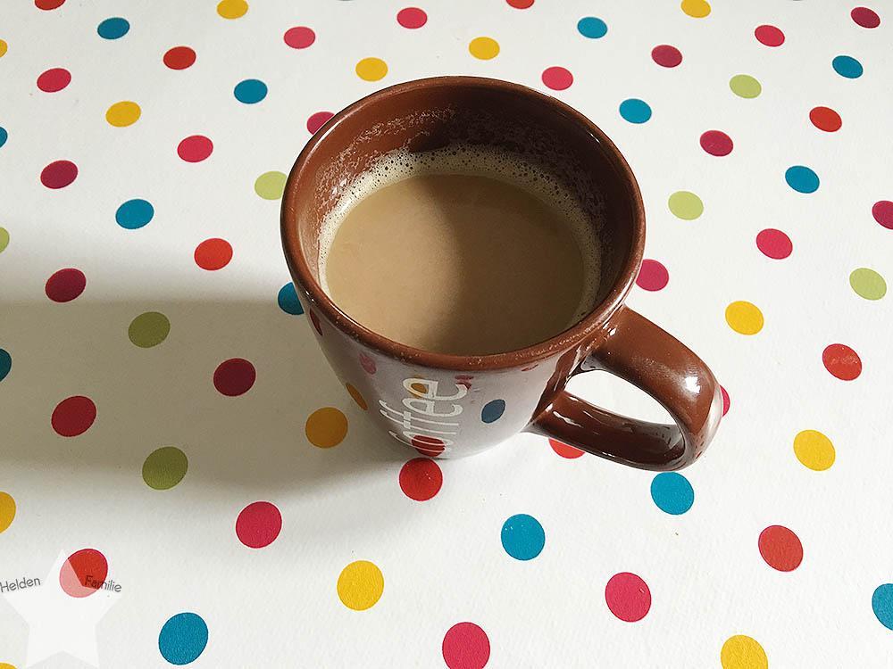 Pool-Party am Samstag - Kaffee am Morgen