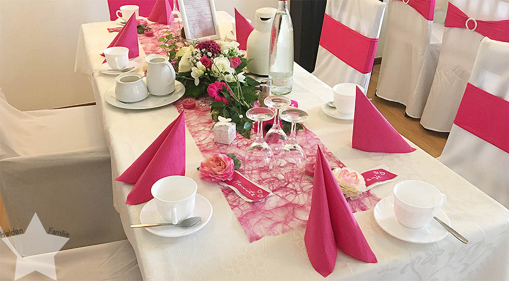 Wochenende in Bildern - pinke Hochzeit - Tischdeko in Pink
