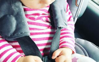 5 Freitagslieblinge - Lieblingmoment mit den Kindern - Baby schläft mal im Auto