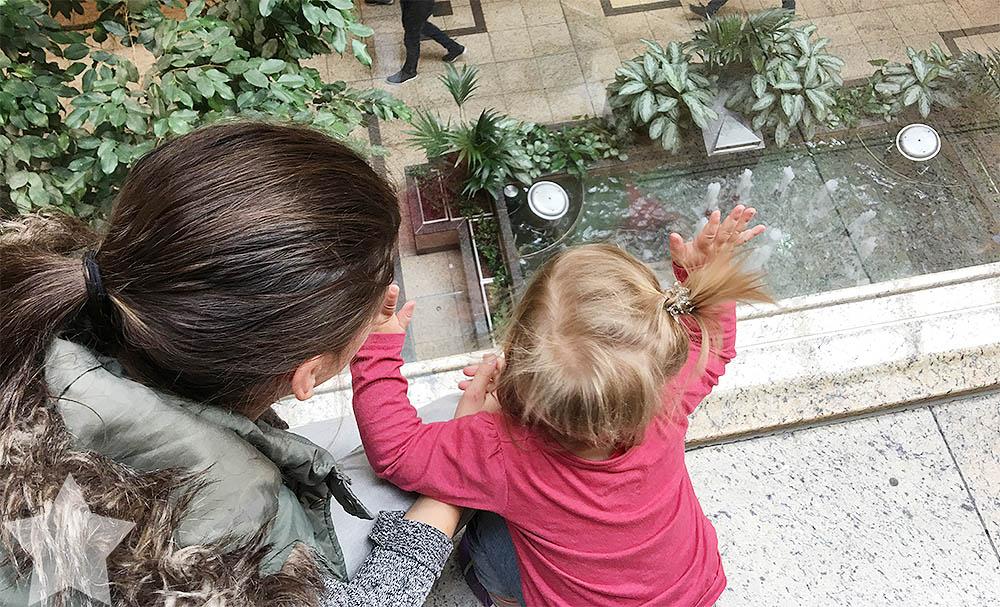 Wochenende in Bildern - Schuhkauf und Baby-Basar - Nina zeigt Lotte die Welt