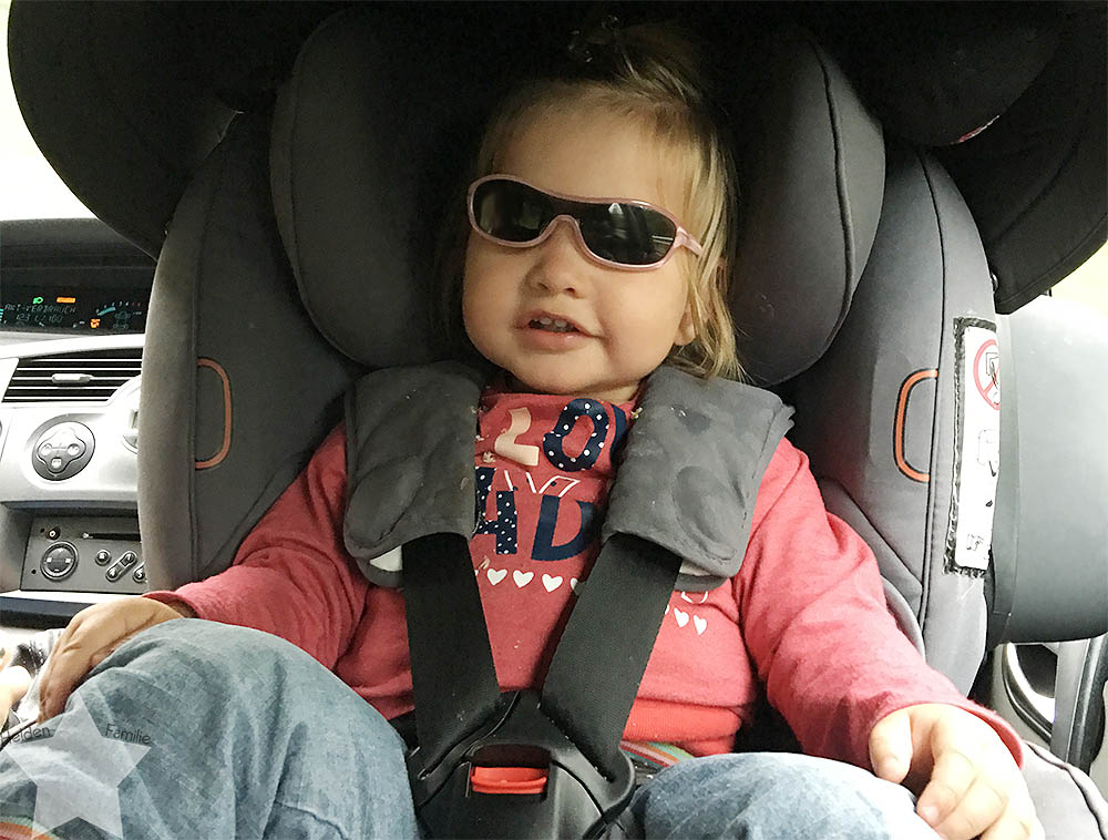 Wochenende in Bildern - Schuhkauf und Baby-Basar - Kleinkind hasst Auto fahren