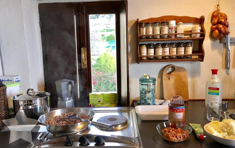 12von12 im Oktober - Shopping-fail - Küche in Italien