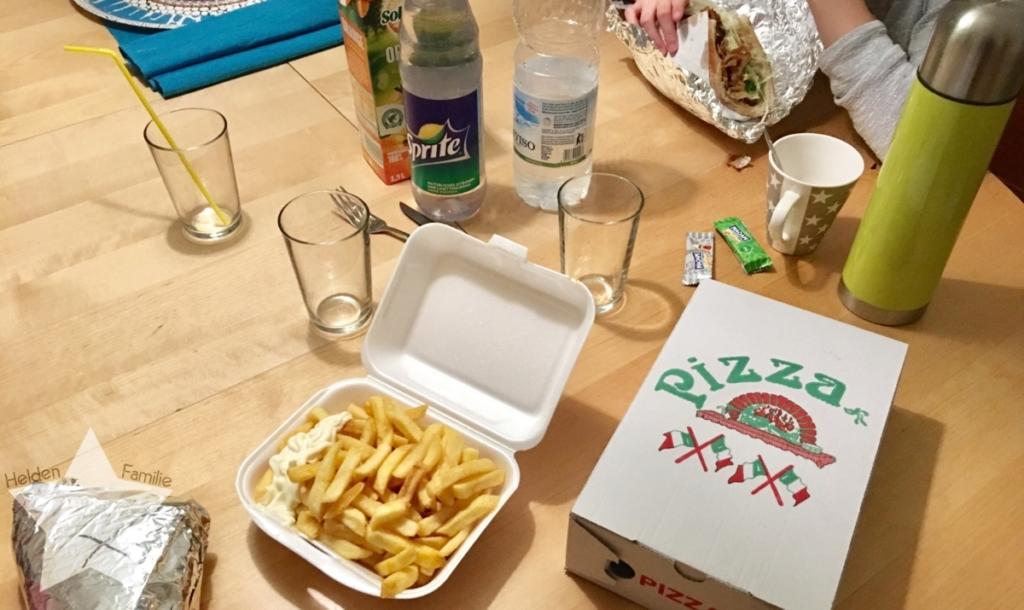 Wochenende in Bildern - Familienzeit - bestelltes Essen