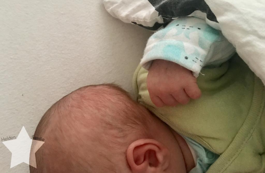 Wochenende in Bildern und 12von12 - Babyflausch - Baby im bett stillen
