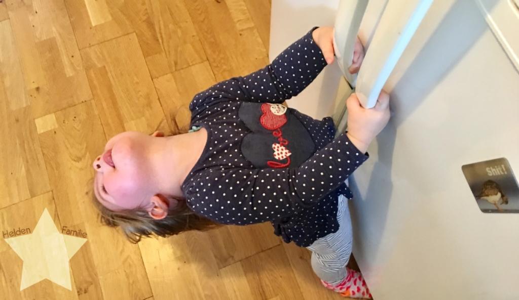 Wochenende in Bildern und 12von12 - Babyflausch - Kleinkind hilft beim Kochen