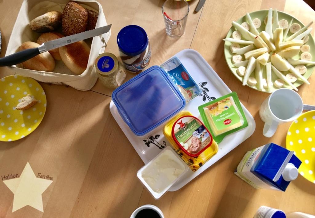 Wochenende in Bildern und 12von12 - Babyflausch - Sonntagsfrühstück
