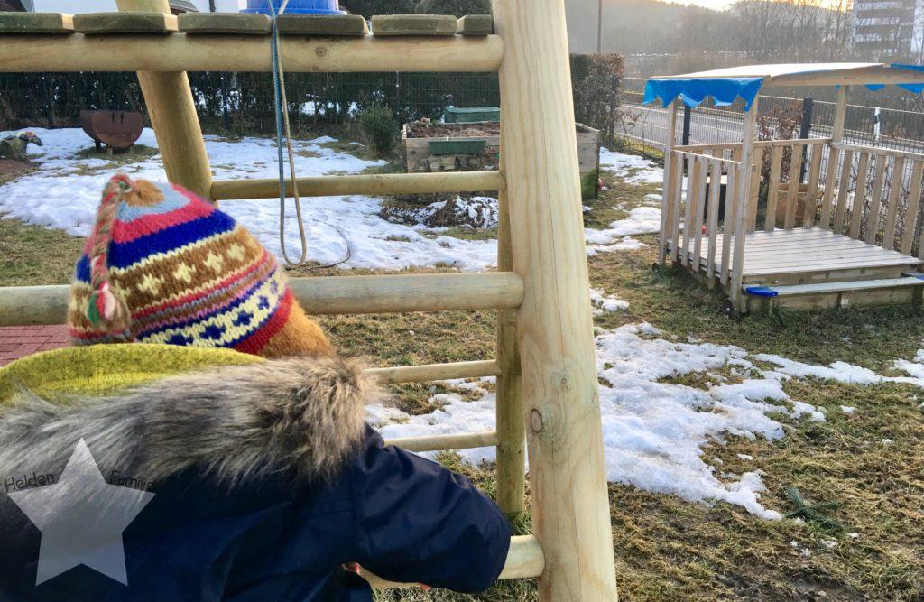 Wochenende in Bildern und 12von12 - Babyflausch - Lotte am Klettern