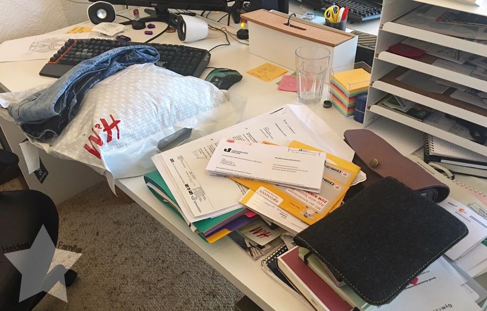 Bauchwehbaby und Abstillen - Chaos am Schreibtisch