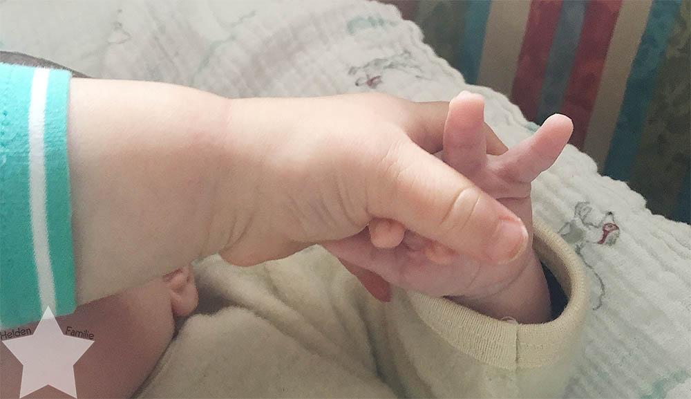 Wochenende in Bildern - Kinderkram und Haushalt - Kinderhände