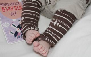 2 Monate Jona - vom ersten Lachen, viel Kuscheln und Geschwisterliebe