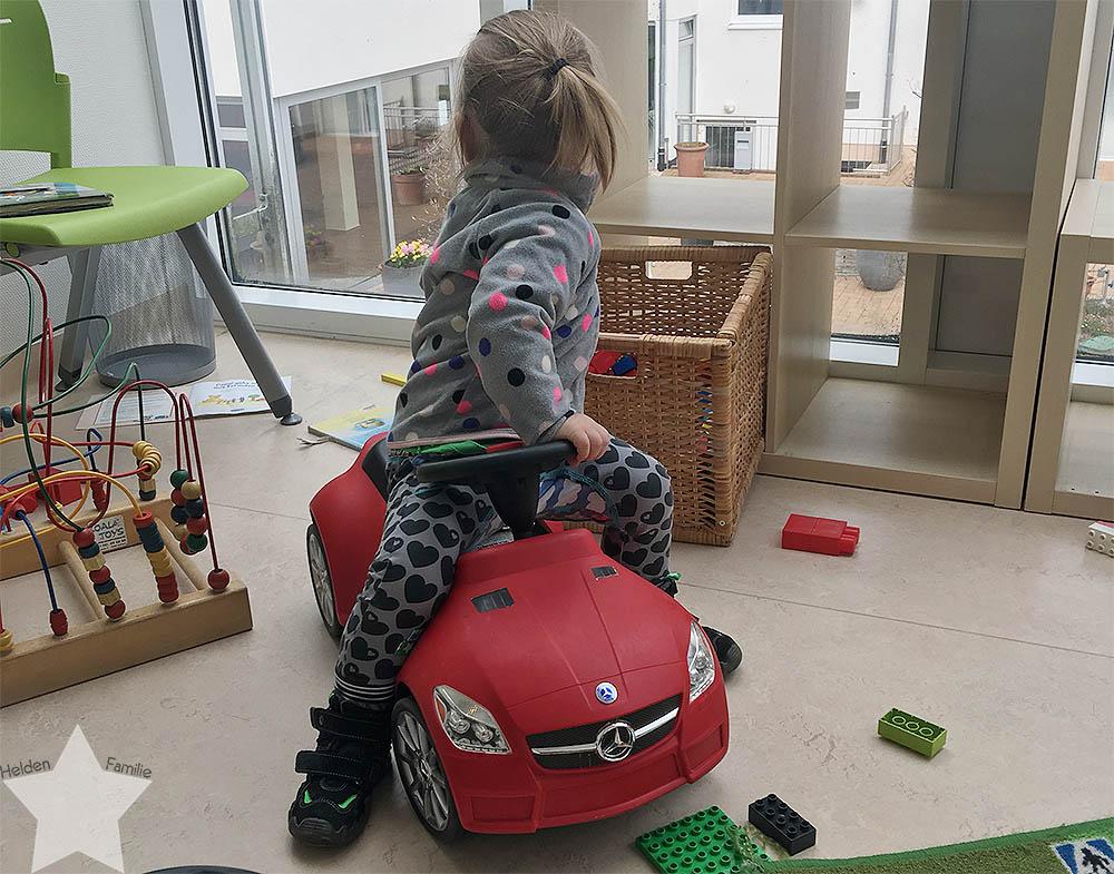 Kleinkind im Krankenhaus - beim Kinderarzt
