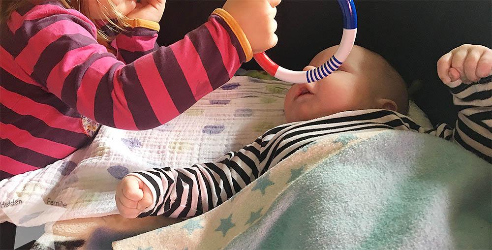 Angrillen und Sonntagseinladung - Wochenende in Bildern - www.helden-familie.de - Kleinkind und Baby - zwei unter zwei