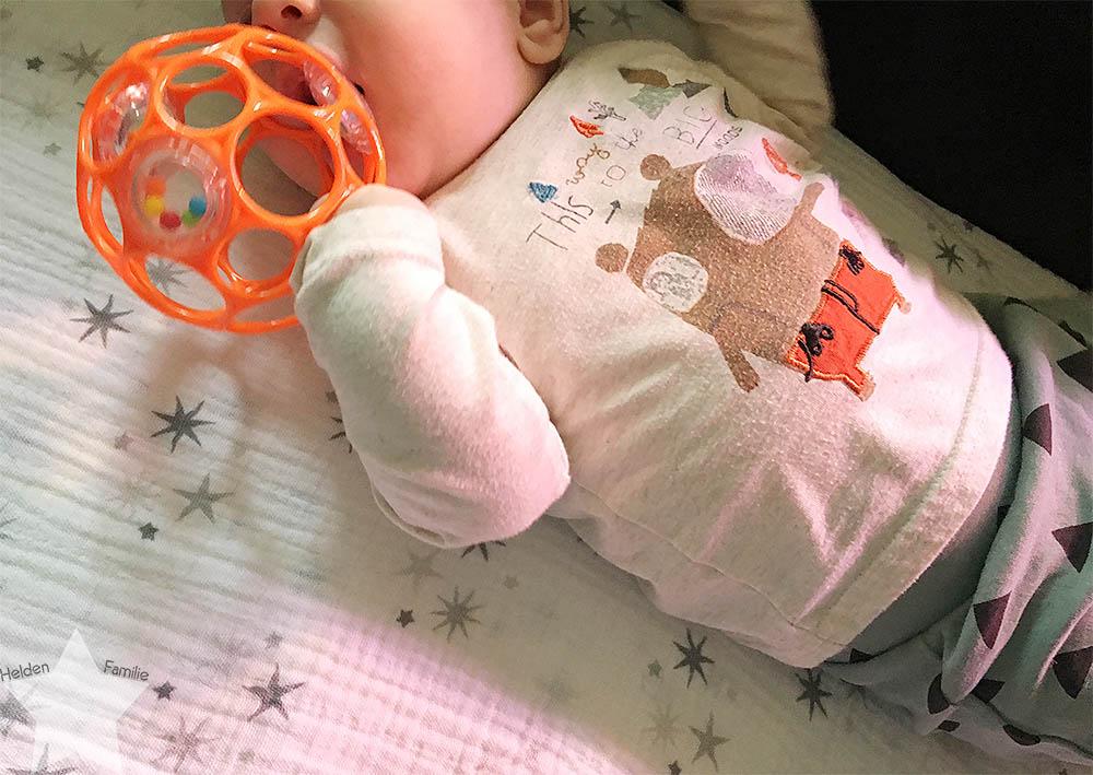 Wochenende in Bildern - Läuse-Alarn - Baby mit O-Ball