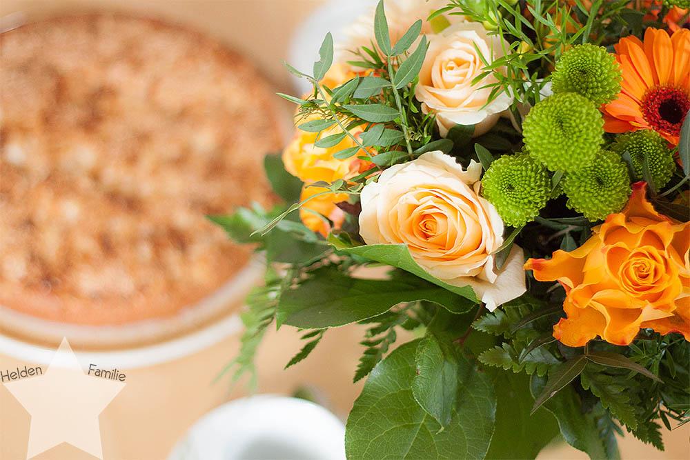 #WMDEDGT - 31. Geburtstag - Kuchen und Blumenstrauß