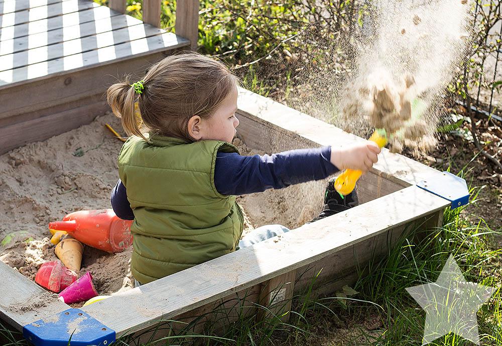 Wochenende in Bildern - Kleinkind im Sandkasten