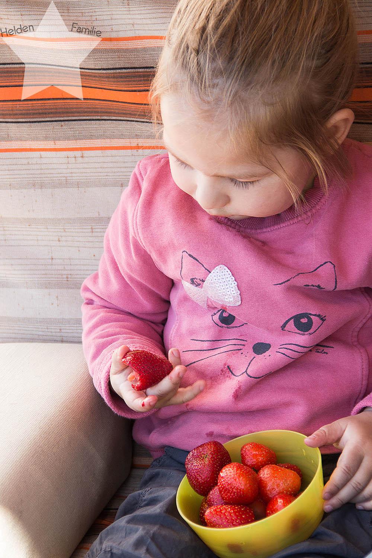 Wochenende in Bildern - Sonne, Garten, Wasserspiele - Lotte liebt Erdbeeren