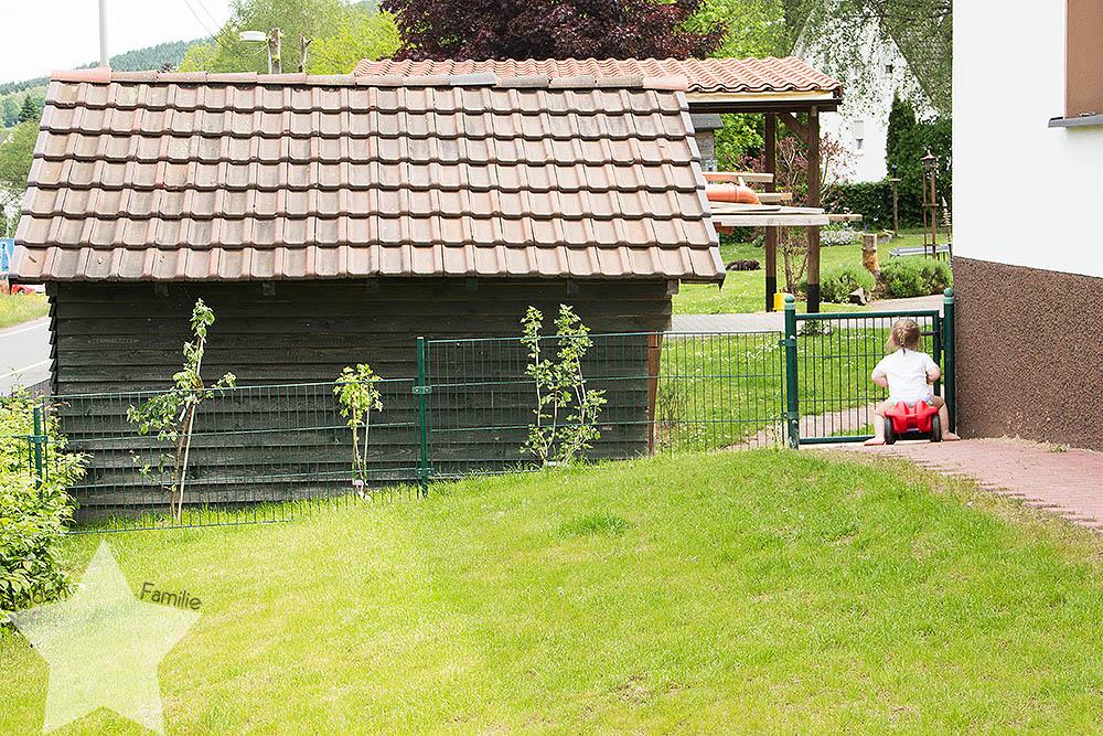 Wochenende in Bildern - Sonne, Garten, Wasserspiele - Zaun zur Schwiegerfamilie
