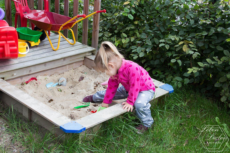 Wochenende in Bildern - Lotte im Sandkasten