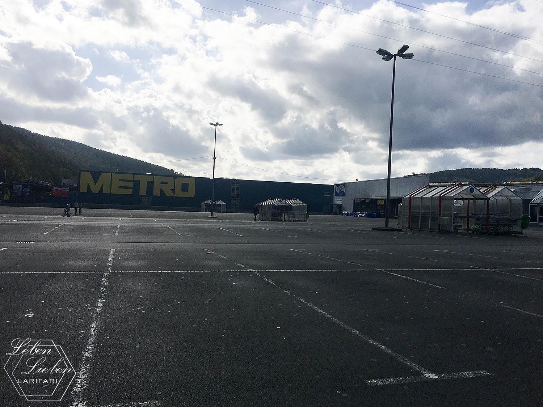 #WIB - leerer Parkplatz - wo ist der Stoffmarkt?