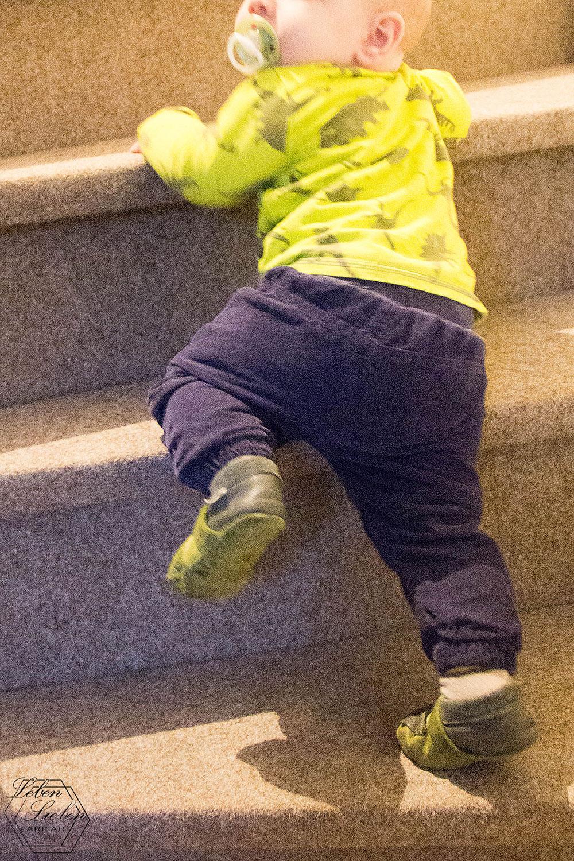 Wochenende in Bildern - Das Baby steigt Treppen!