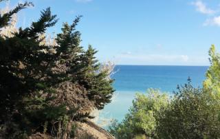 Fünf Fragen am Fünften - ein Blick auf das blaue Meer, von einer unserer Reisen