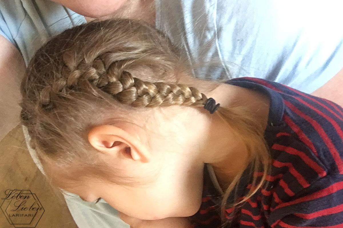 Lotte kuschelt - die Nebenwirkungen kommen mehr durch