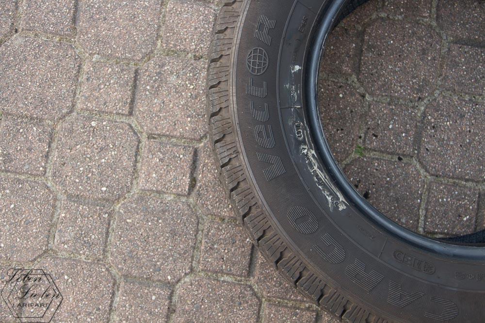 der Reifen für die Wippe liegt bereit