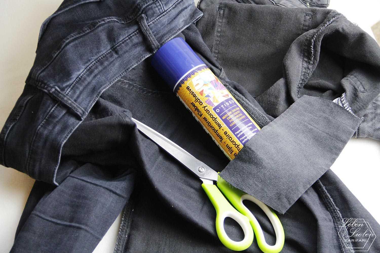 Kind1' Hosen reparieren: Stoffkleber, Schere, Jeansrest und Nähmaschine