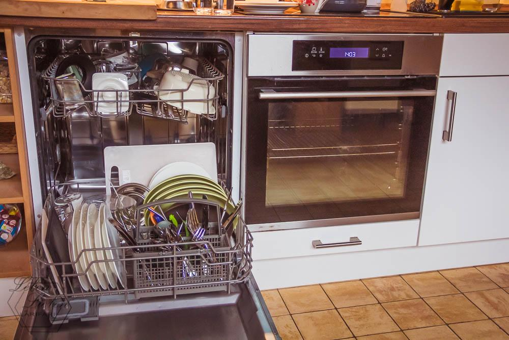 Feierabend = Zeit für die Hausarbeit