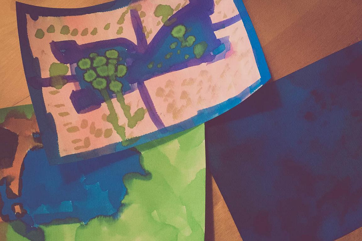 Beschäftigung in der Quarantäne: mit Wasserfarben malen