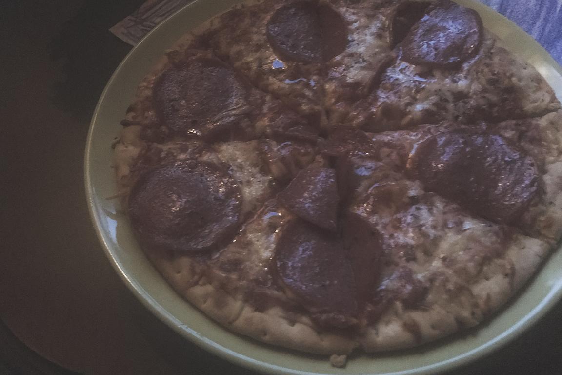 Späte Tiefkühlpizza