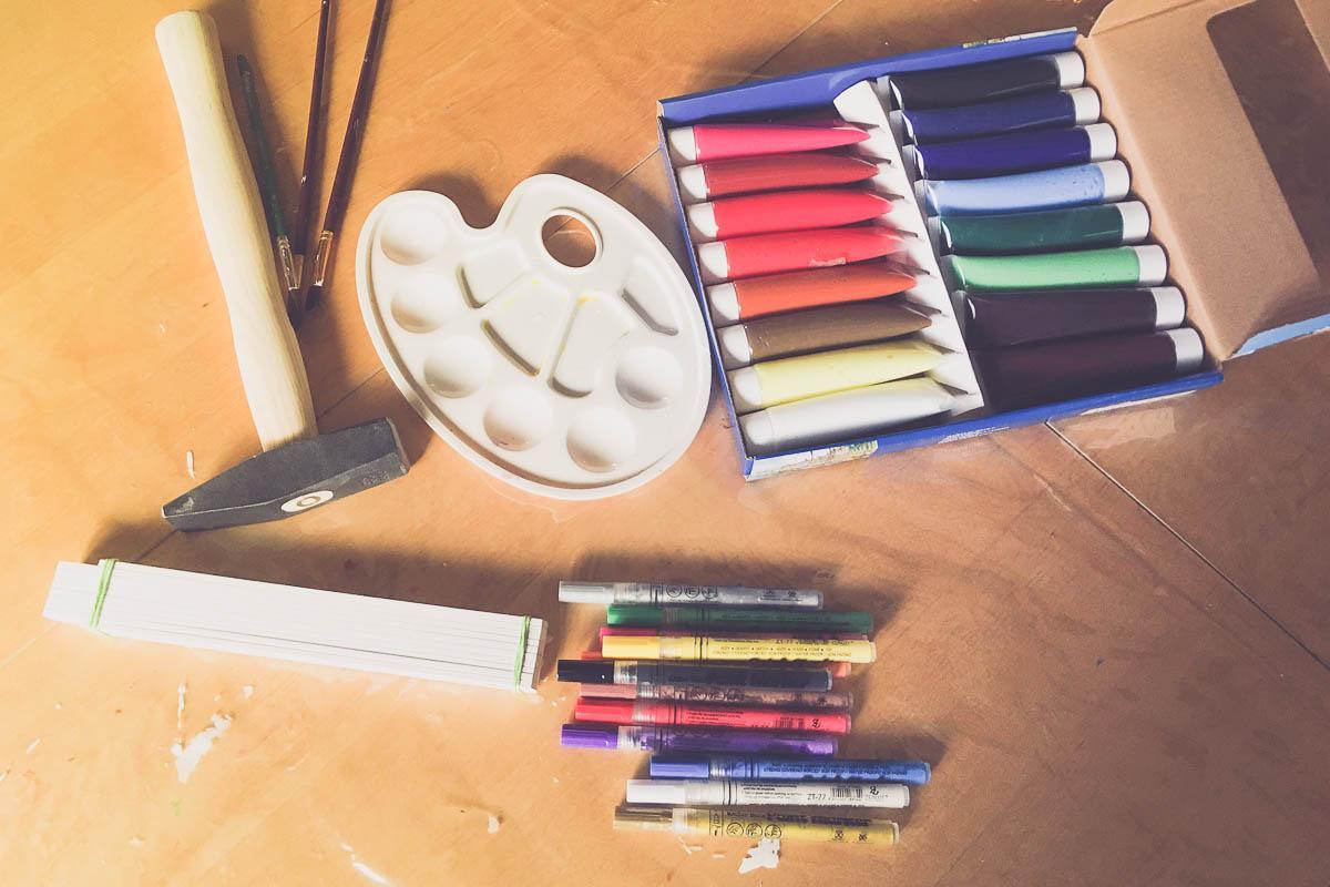Vorbereitungen für die kreativen Arbeiten